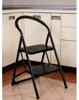 Стремянка 2-х ступенчатая Alterno с широкими антискользящими ступенями. Black Edition Exclusive